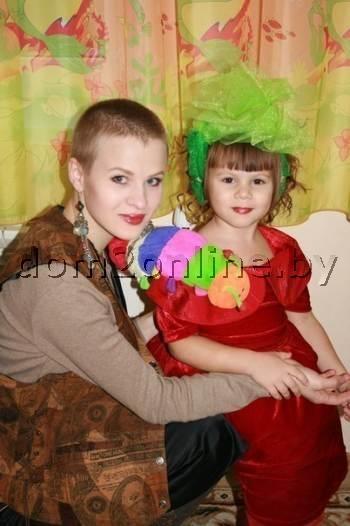 Медведева с ребенком. Фото: dom2online.by