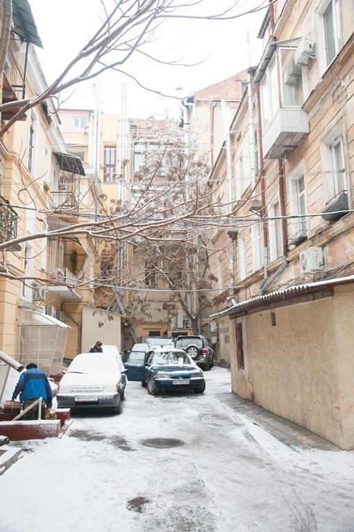Двор находится в двух кварталах от Дерибасовской. Фото: Максим Войтенко