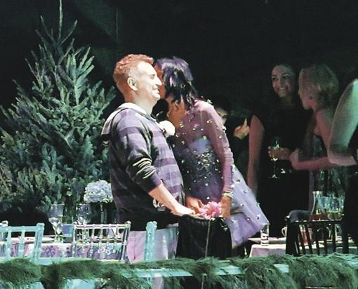 На закрытой вечеринке Леонид Агутин вовсю любезничал с девушками. Фото: Евгения ГУСЕВА