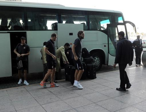 Утром футболистысменил место дислокации, а уже в обед встретились с китайской командой, фото: ФК