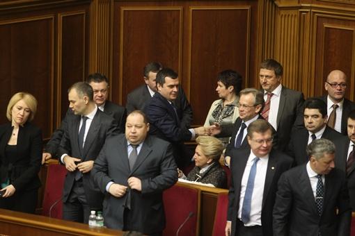 Министры пришли в Раду. Фото Максима Люкова