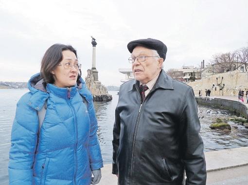 Наш корреспондент Наталья Ко встретилась с участником поисковой операции Владимиром Аскинадзи в Севастополе. Фото: личный архив.