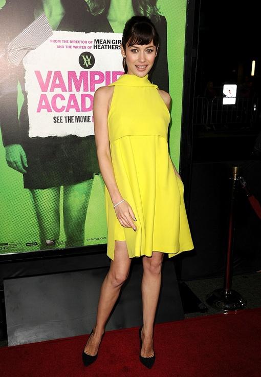 На премьеру актриса пришла в платье Dior. Фото: Vogue