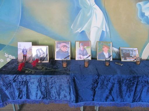 В Белановской школе сегодня скорбели по погибшим. Фото: Роман ШУПЕНКО