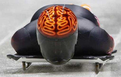 Джейсон Фейрберн из Канады выбрал дизайн шлема после оговорки диктора. Фото: REUTERS