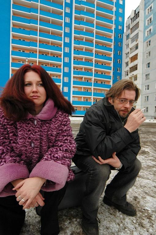 Двухкомнатную квартиру в новом доме можно купить за 60 тысяч долларов. Фото: Олег РУКАВИЦИН.