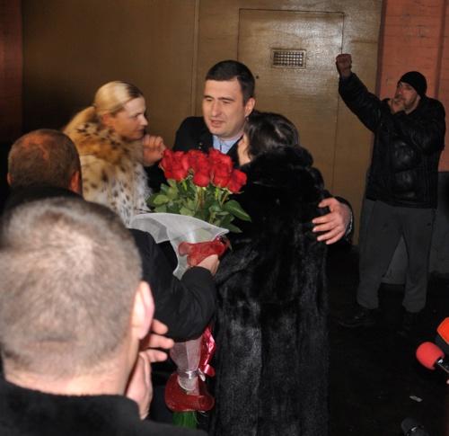 Первым делом Игорь Марков отправится к семье - во время своего заключения экс-депутат стал отцом.