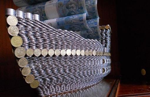 собрал из 17 тысяч монет