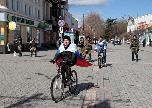 Крым: рубли, московское время и новые законы  фото 1