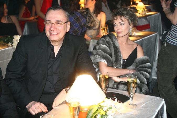 яна сумм и ее новый муж олег фото