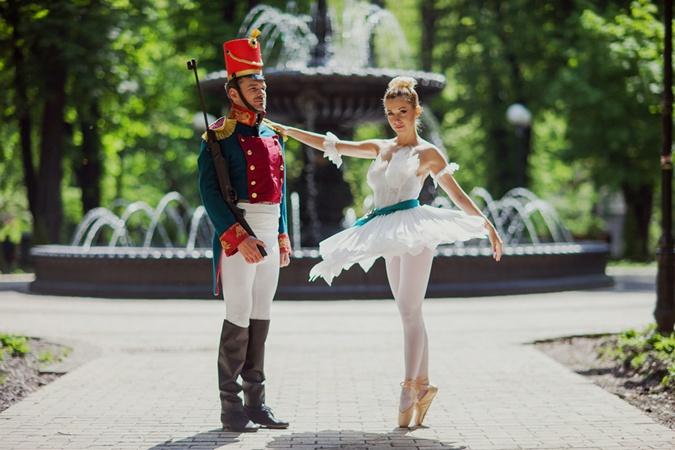 Арсен Мирзоян и Тоня Матвиенко замахнулись на сказку Андерсона