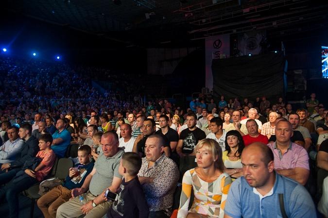 Одесситы активно поддерживали Усика. Фото: Максим Войтенко