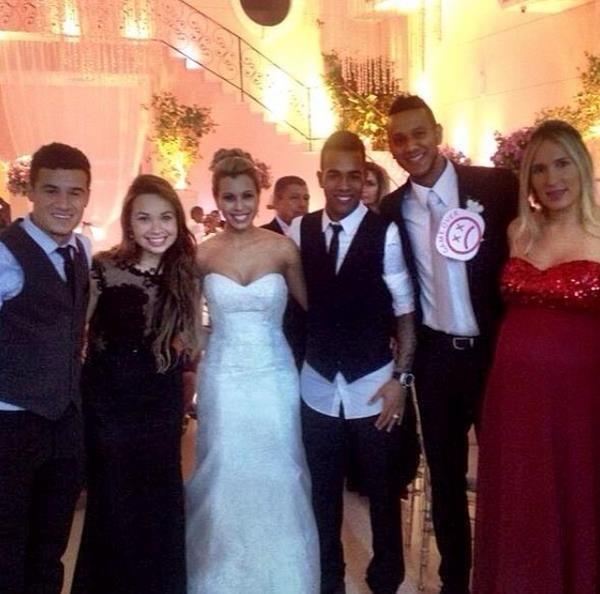 Жозеф де Соуза Диас c супругой пришли поздравить молодожен, фото: instagram.com