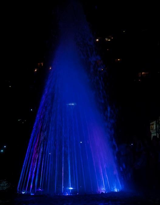 светомузыкальный фонтан.