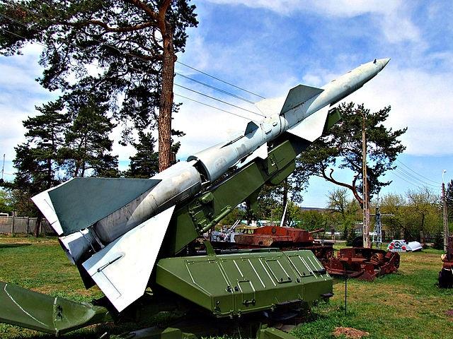 - С-75 может сбивать самолеты на расстоянии до 34 км Фото: Википедия