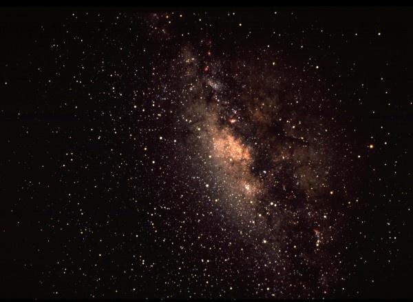 Наша галактика оказалась легче туманности Андромеды фото 2