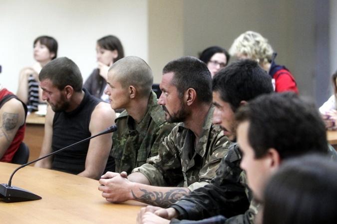 Освобожденные попросили Владимира Рубана и Руслану выручить всех, кто еще остался в плену.