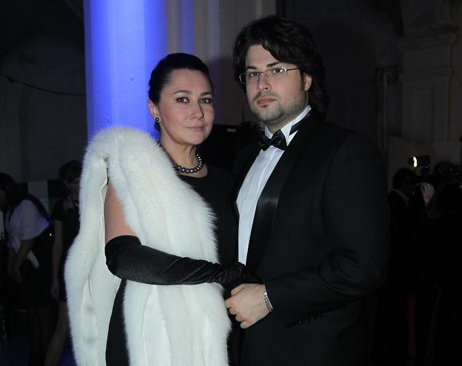 Алена и Владимир вместе уже 7 лет. С перерывами. Фото: Антон Лущик