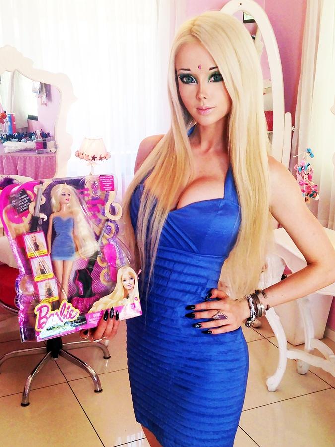 Валерия расстроилась, когда ее однажды встретили как девушку-куклу. Фото: соцсети.