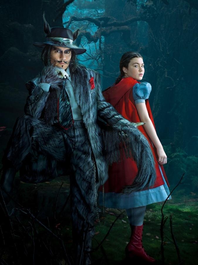Волк (Джонни Депп) и Красная Шапочка (Лилла Кроуфорд).