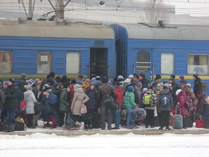 Обратно в Краматорск школьники вернутся 11 января. Фото: Любовь СИДОРЕНКО