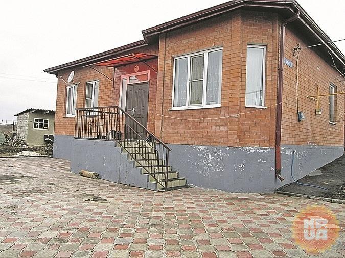 В этот дом братья Губашевы приехали через несколько дней после убийства Немцова.