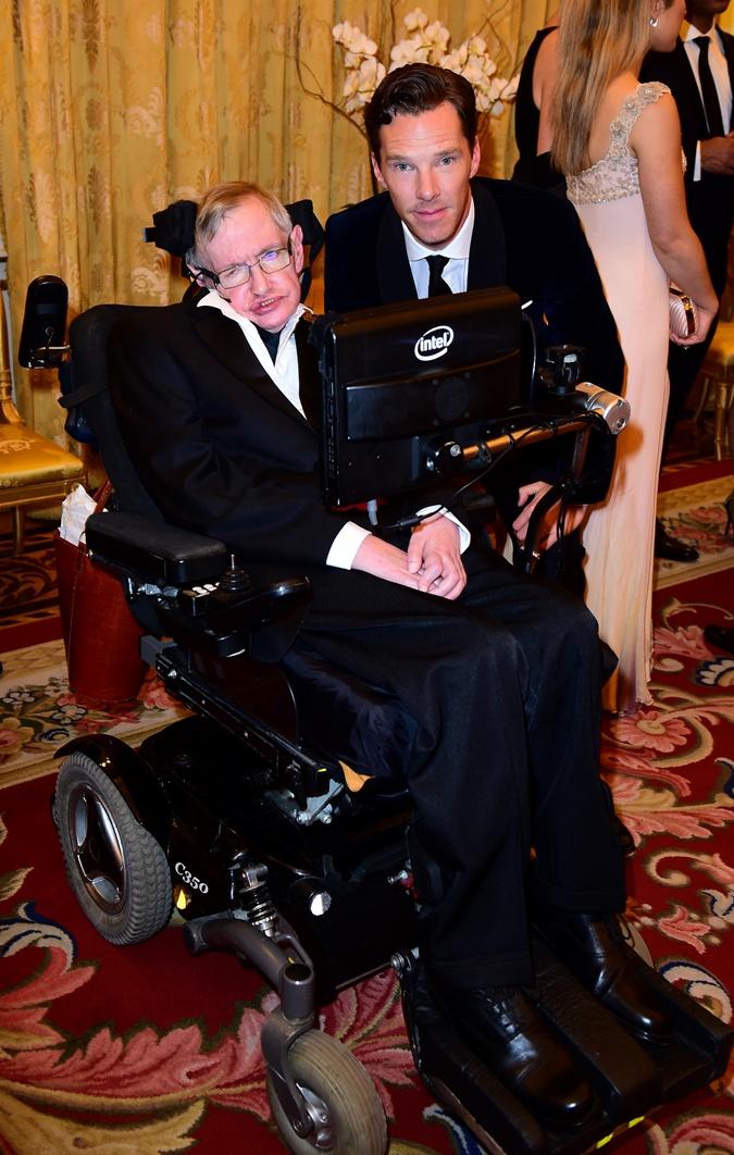 Бенедикт Камбербэтч и Стивен Хокинг.