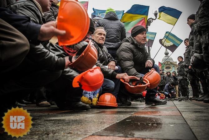 Яценюк пообещал выплату долга шахтерам. Фото: Олег ТЕРЕЩЕНКО