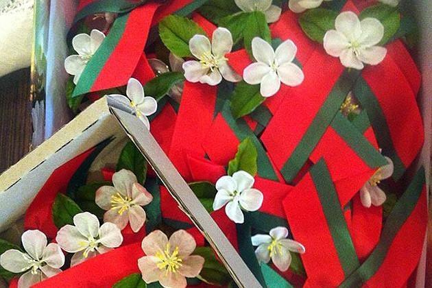 А в Беларуси 9 мая ассоциируют с цветом яблони.