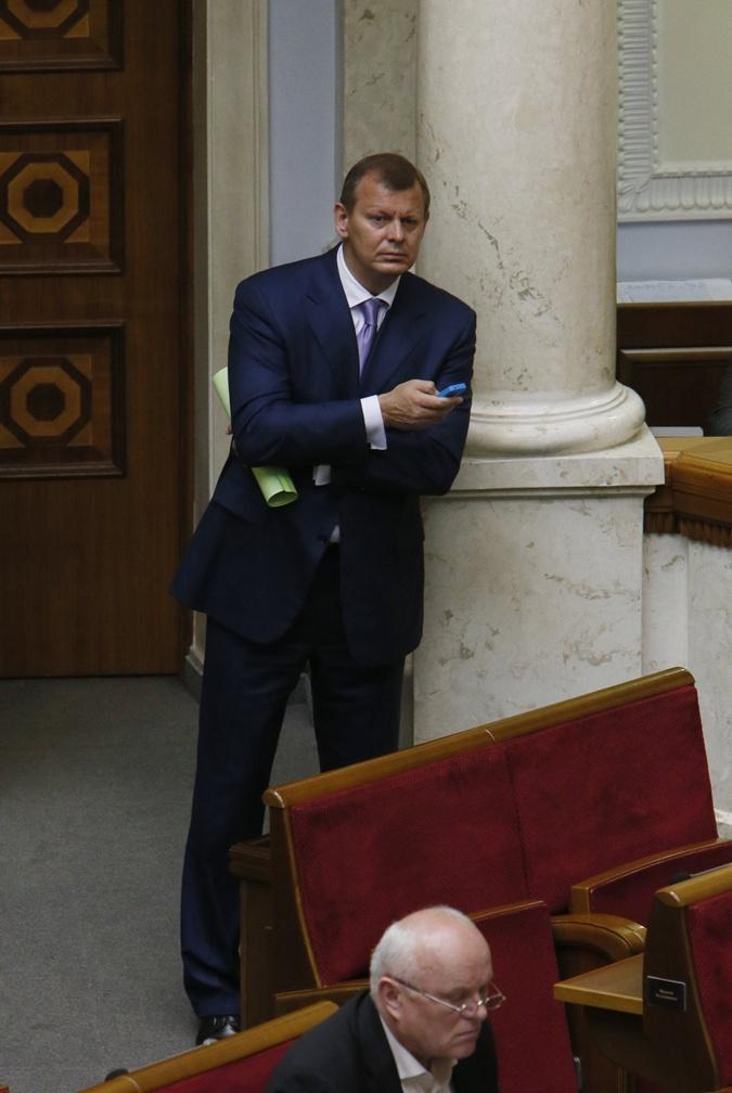 Сергей Клюев - ответит за брата.