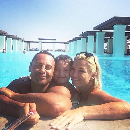 Стас Костюшкин с женой и сыном Богданом. Фото: Инстаграм