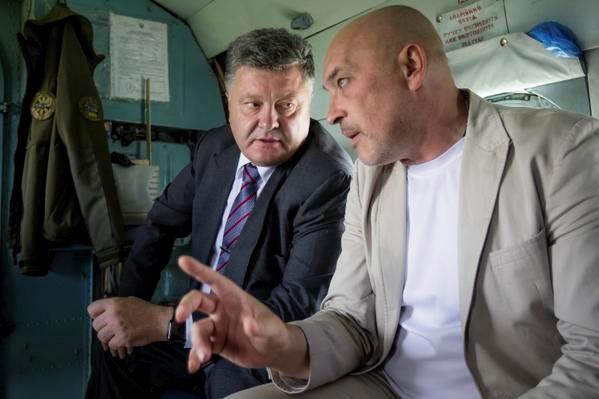 Тука и Порошенко полетали над Луганской областью.