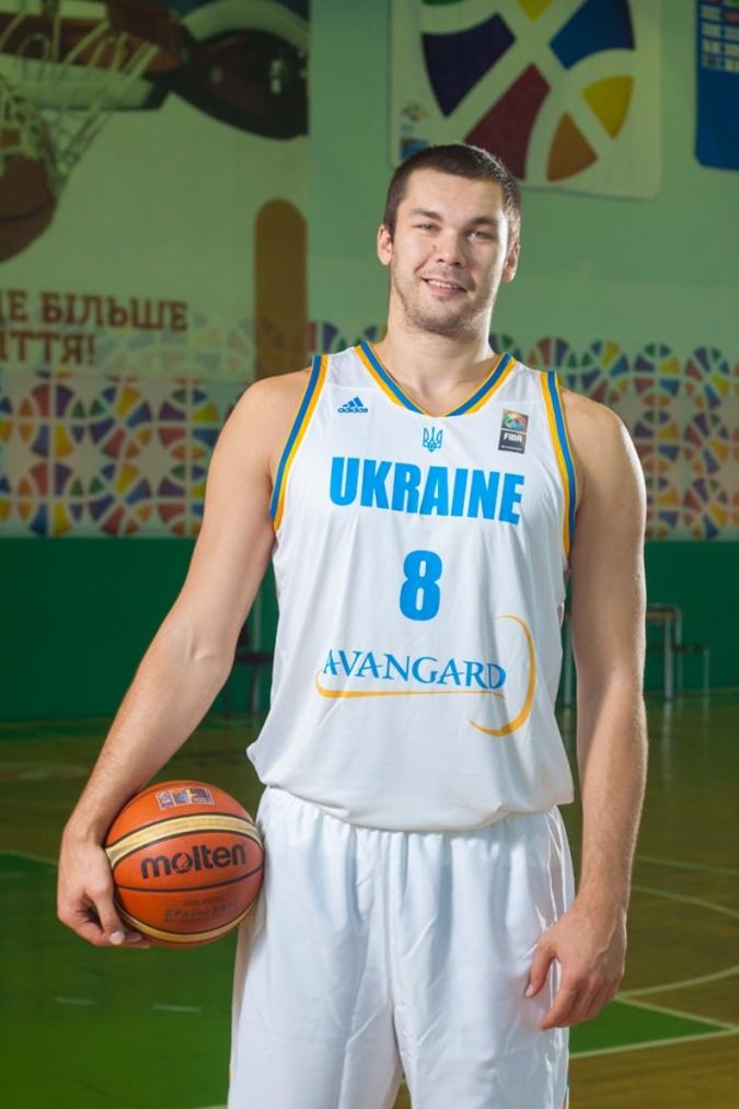 Сборная Украины отправится на Евробаскет в белой форме фото 1