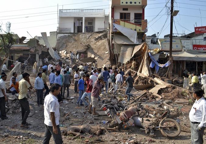 Взрыв унес жизни более 100 человек. Фото: REUTERS