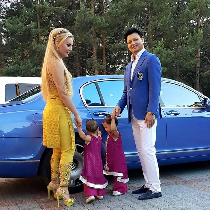 Певица любила подымить в авто, но после рождения дочерей - завязала.