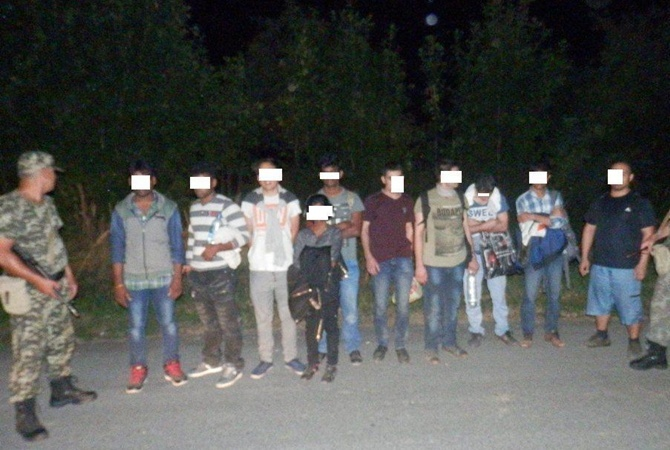 Пограничники на границе Украины задержали 124 гражданина Сирии. Фото: Госслужба