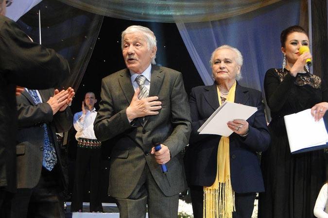 Михай Волонтир вместе с женой на юбилею к 80-летию. Фото: Тоня ГРИЦЕНКО