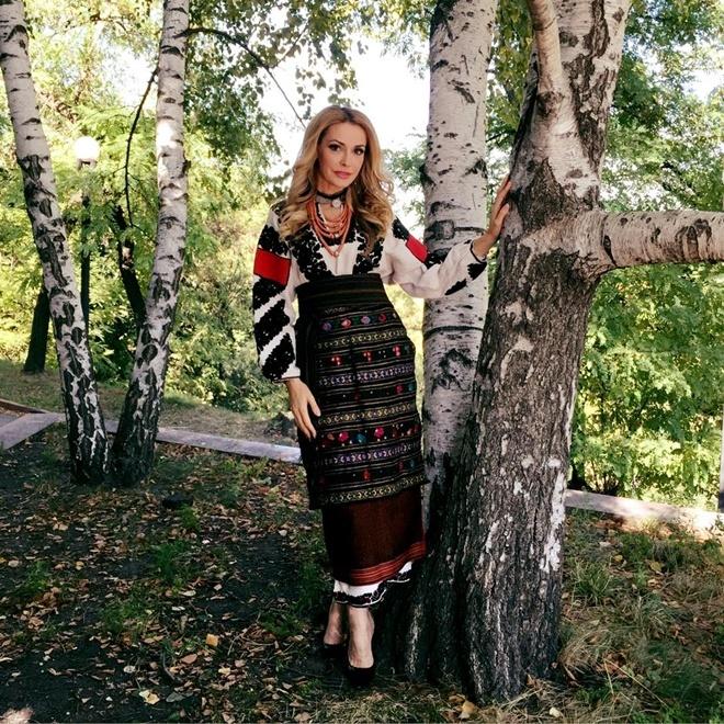 Ольге Сумской национальная одежда к лицу. Фото: Фейсбук