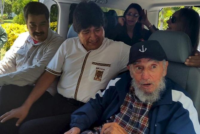 В мастерке Фидель Кастро даже отметил 89-летие. Фото: REUTERS