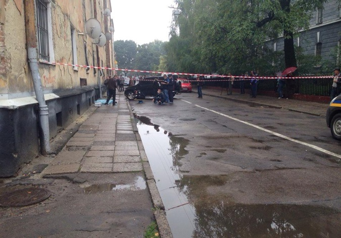 Улица, где произошло происшествие, опечатана. Фото: Игорь Зинкевич.