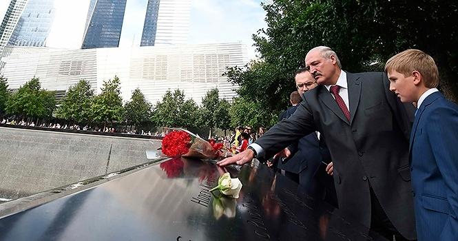 Лукашенко с сыном в Нью-Йорке.