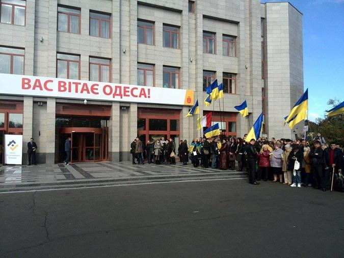 С утра президента готовились встречать. Фото: Максима Войтенко