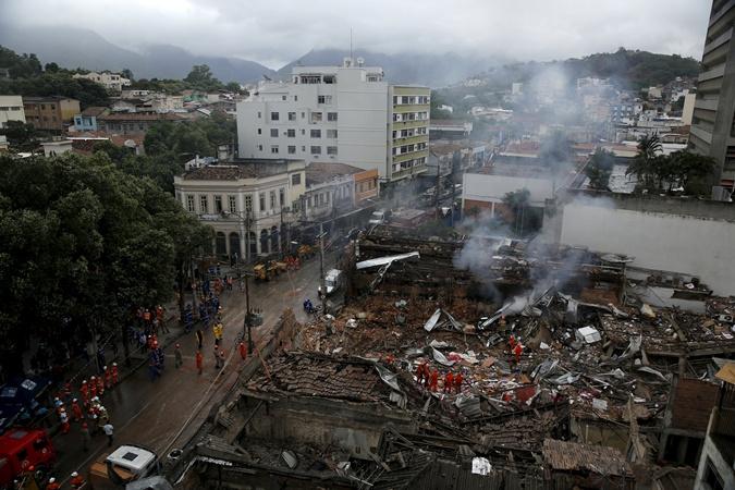 В результате взрыва пострадали 20 зданий.