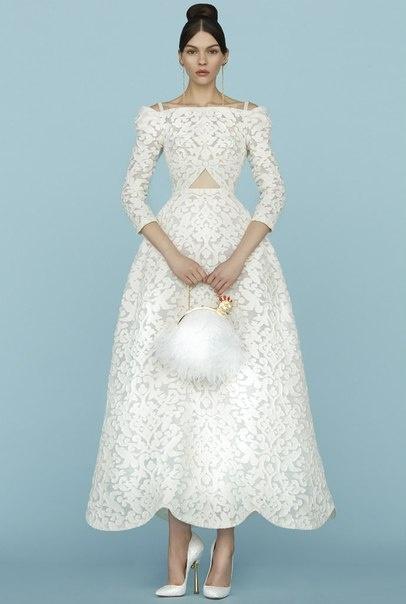 Платье от Ульяны Сергеенко.