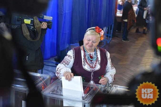 Выборы в Киеве. Фото: Оскар ЯНСОНС
