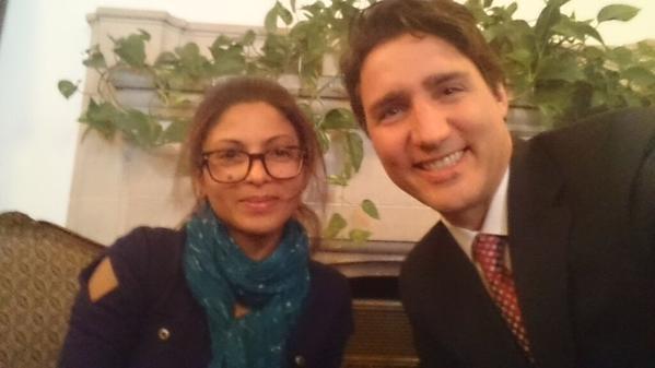 Жена Бадави также пишет книги и известна в Канаде. На фото она с новым премьером страны Джастином Трюдо.