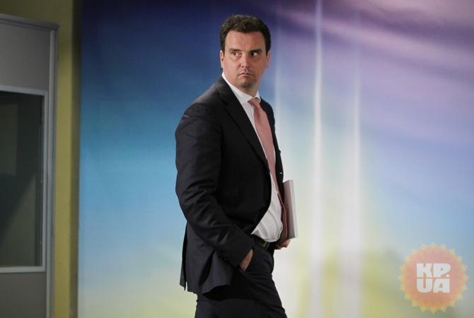 Абрамовичус заявил об отставке утром 3 февраля.