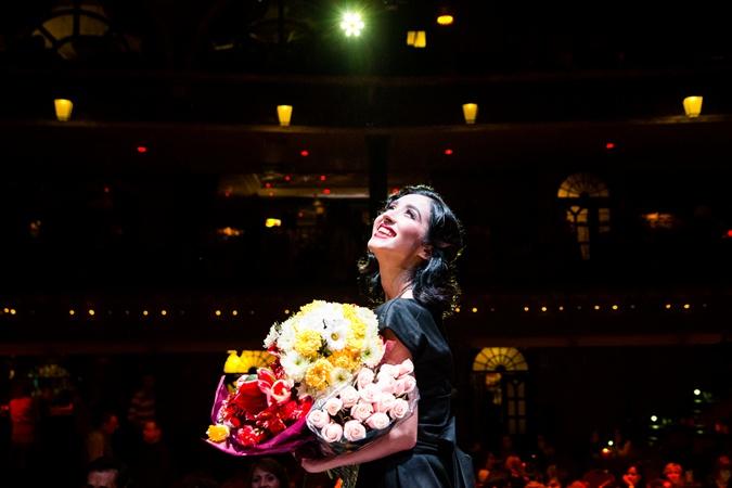 Зрители поблагодарили молодую маму за изысканное удовольствие от концерта.