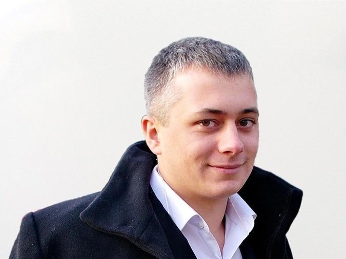 Театральный режиссер из Ровно 27-летний Александр Храпаченко пришел на Майдан в первые дни. И погиб во время столкновений 20 февраля. Французский режиссер-документалист Эммануэль Графф снял о нем фильм