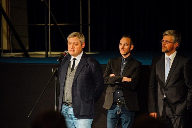 4 Выступление Игоря Янковского перед гостями перформанса.